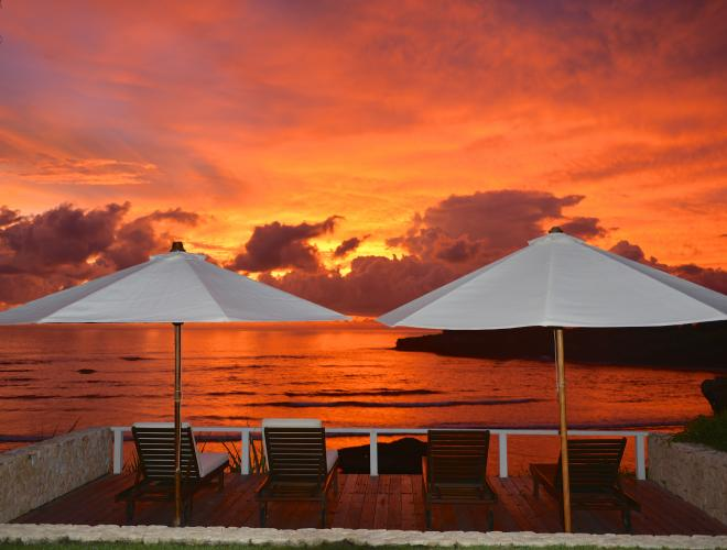 NO BETTER PLACE TO ENJOY THE GLORIOUS TROPICAL SUNSETS THAT FROM THE SUNSET DECK