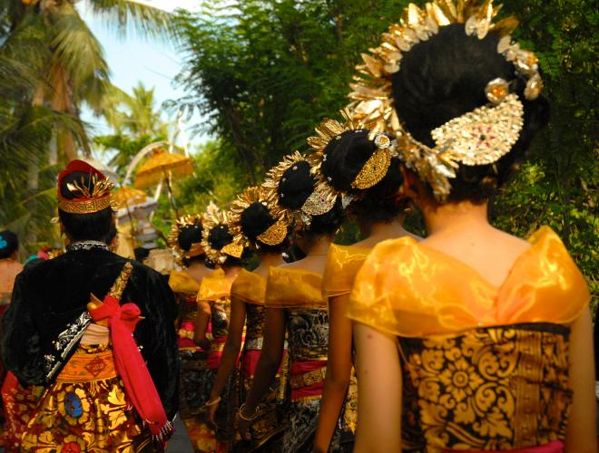 THE CEREMONIES ON LEMBONGAN ISLAND ARE SPECTACULAR